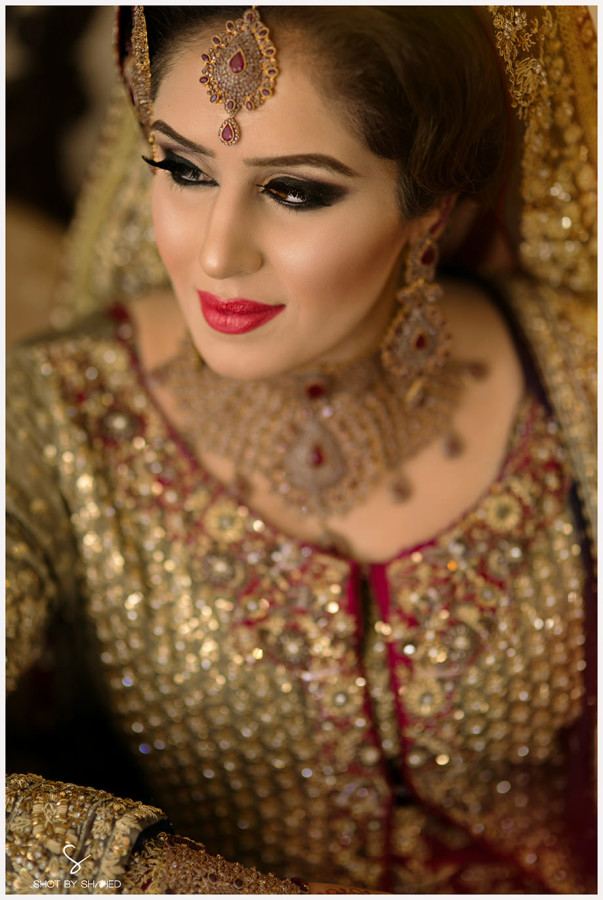asian-bride-naeem-khan